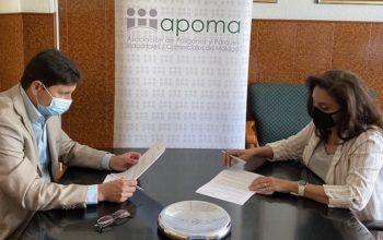 Firma-convenio-mediacion-1020-copia
